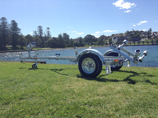 Rollered trailer for boats up to 3.75M